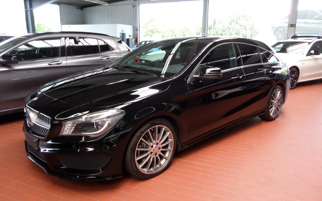 Mercedes CLA 220 SHOOTING BRAKE AMG – 2015 – 9530km