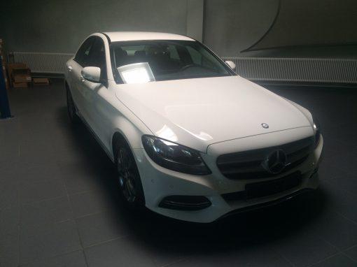 Mercedes Classe C 180 – 2015 – 8 007 km