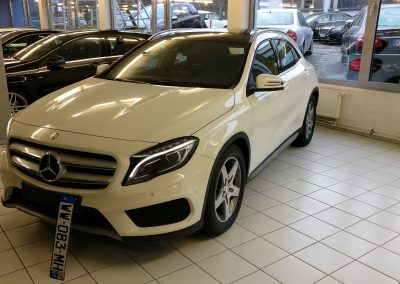 Mercedes-Benz GLA 200 AMG 3