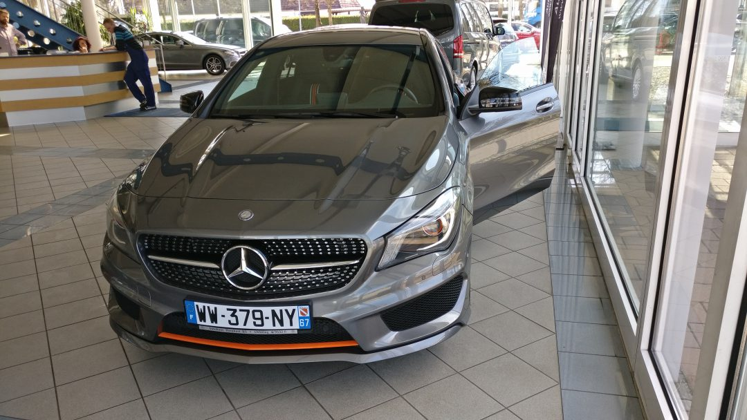 Mercedes-Benz CLA 200 Shooting Brake AMG – 2015 – 13 835 km