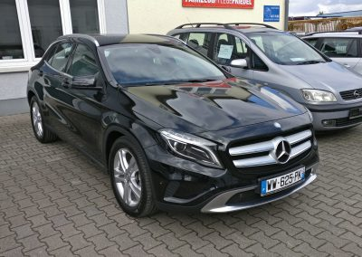 Mercedes-Benz GLA 180 3